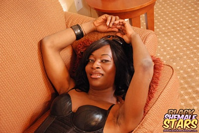 shemale in kinky leather
